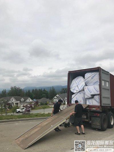 海运门到门搬家到加拿大